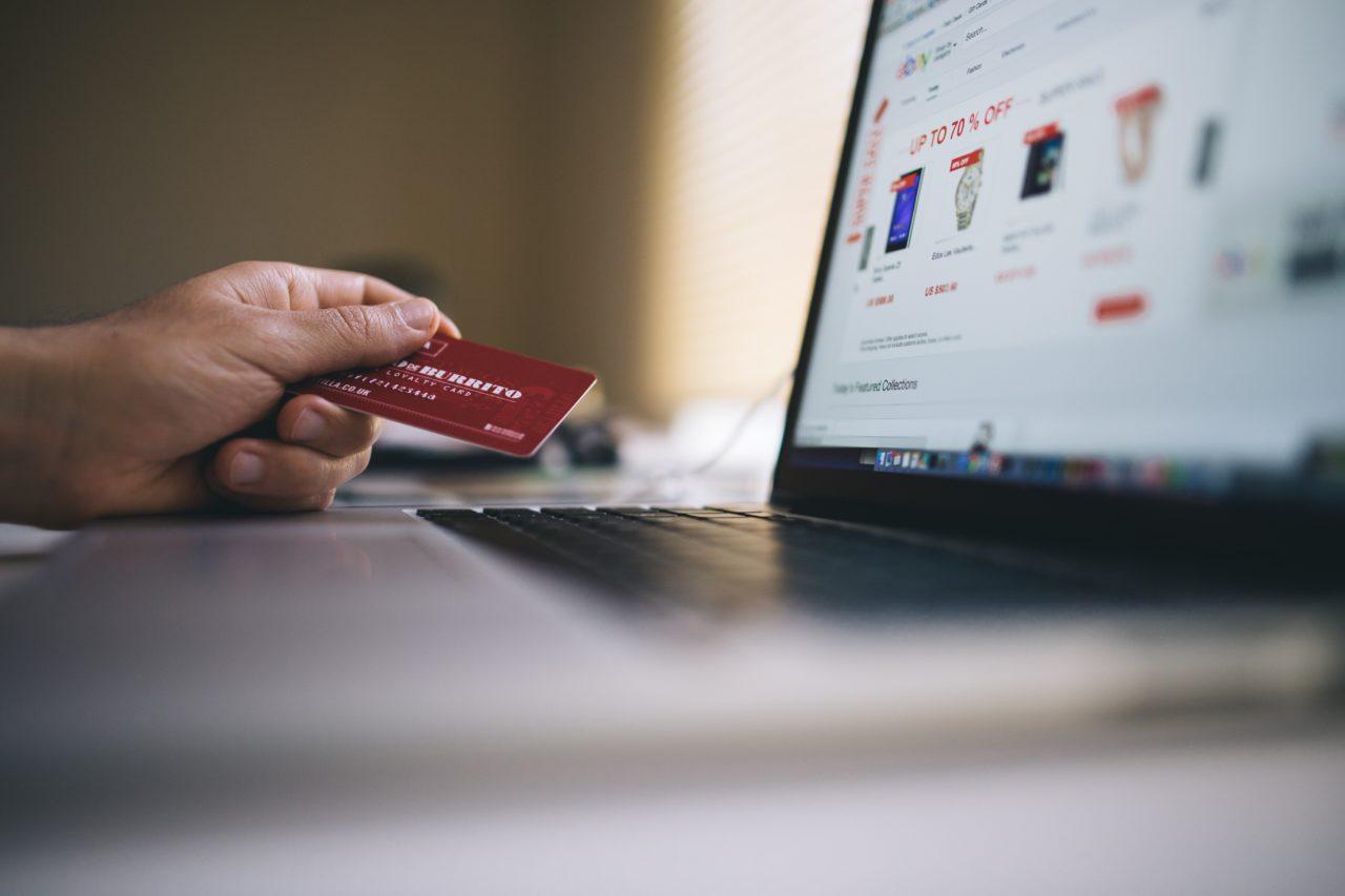 https://nextstepcreditrepair.com/wp-content/uploads/2019/11/black-friday-buy-credit-card-34577-min-1280x853.jpg